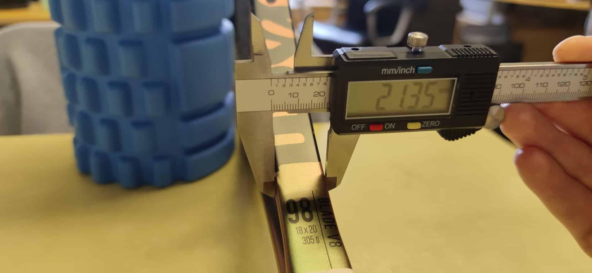 blade beam thickness