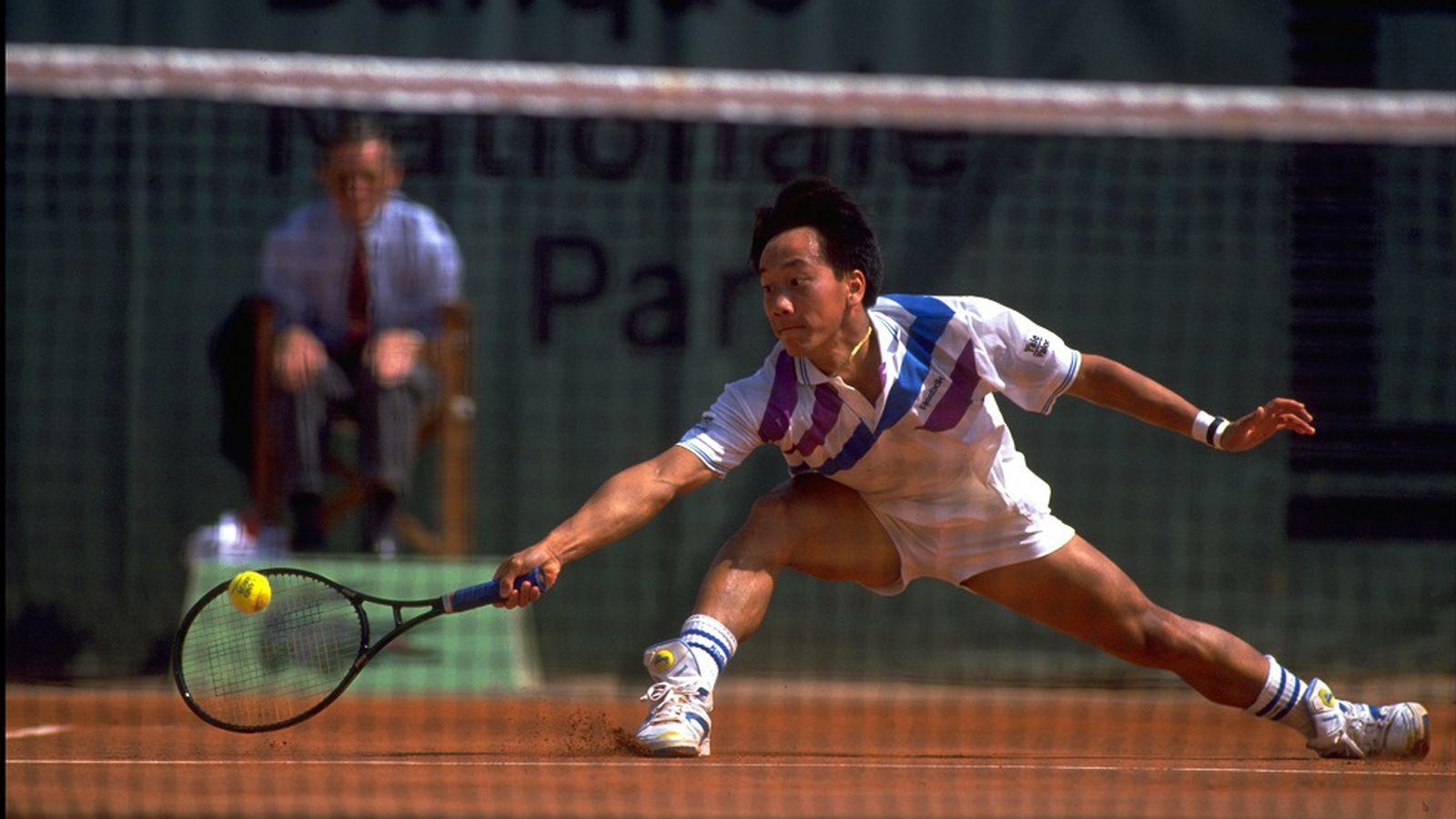 michael chang racquet